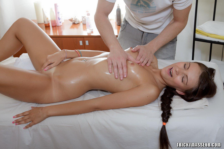 porno-foto-galerei-massazh